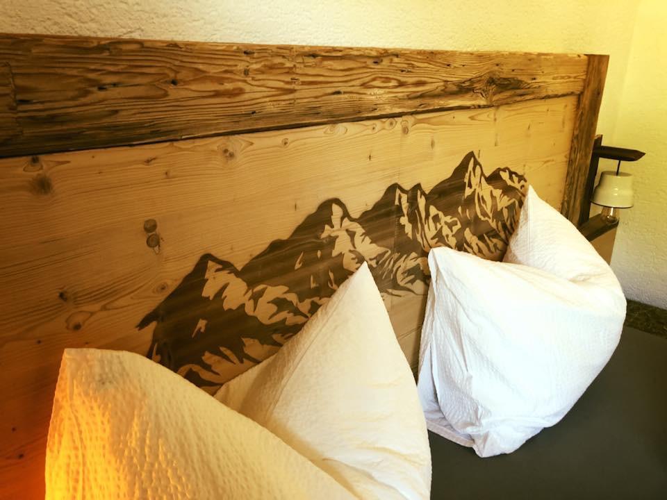 Bett mit Bergen Pfelders/Passeiertal