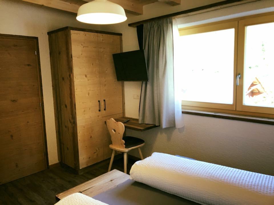 Zimmer mit Fenster Pfelders/Passeiertal